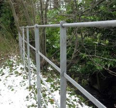 estate-grey-fence.jpg