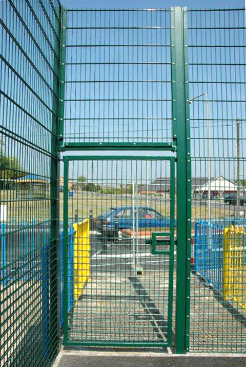 Twin Wire Mesh Systems - Jarrett Fencing