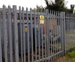 Double Galvanised Palisade Gates Triple Point D Section 4mt Wide