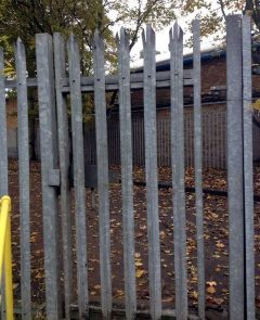 Single Pedestrian Galvinised Steel Palisade 1mt Wide Gate